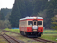 Isumi_kiha52_20120422_05