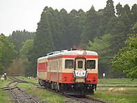 Isumi_kiha52_20130421_11